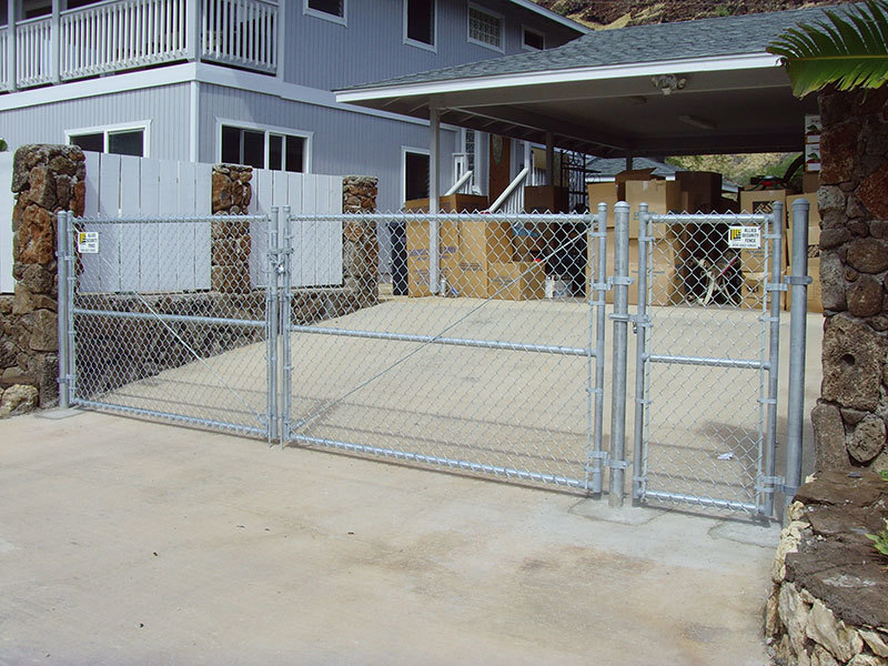 Chain-Link-Gate