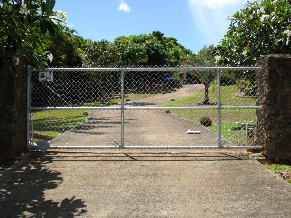 Chain Link Roll Gate Driveway 1 Allied Security Fence
