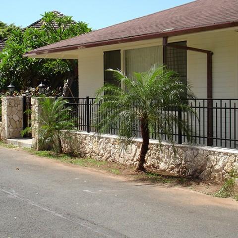 Hawaii Ornamental Fence Rock Wall