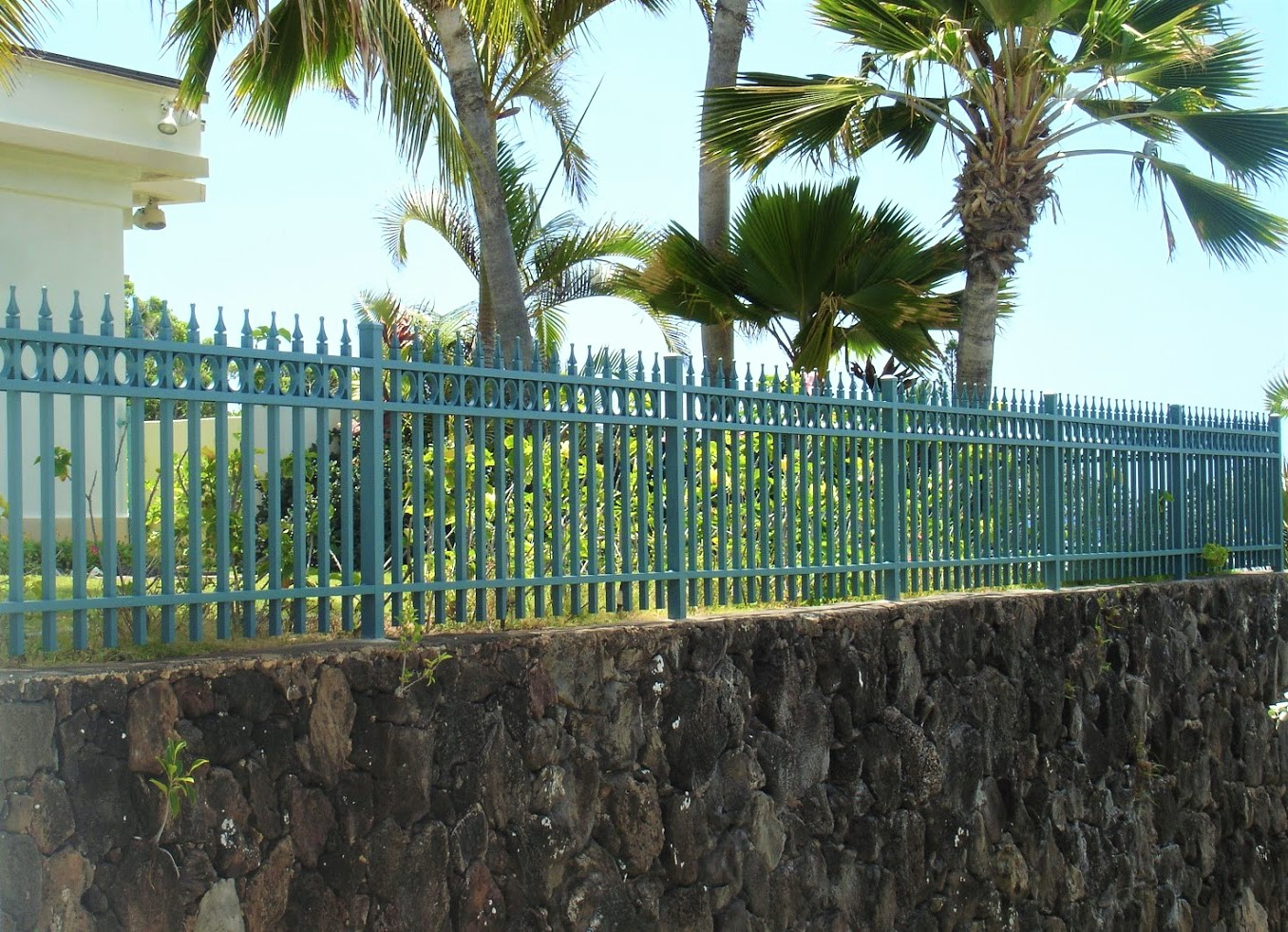 Green-Spear-Top-Fence