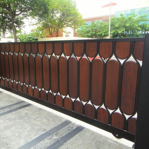 Hawaii Wood Slide Gate Custom