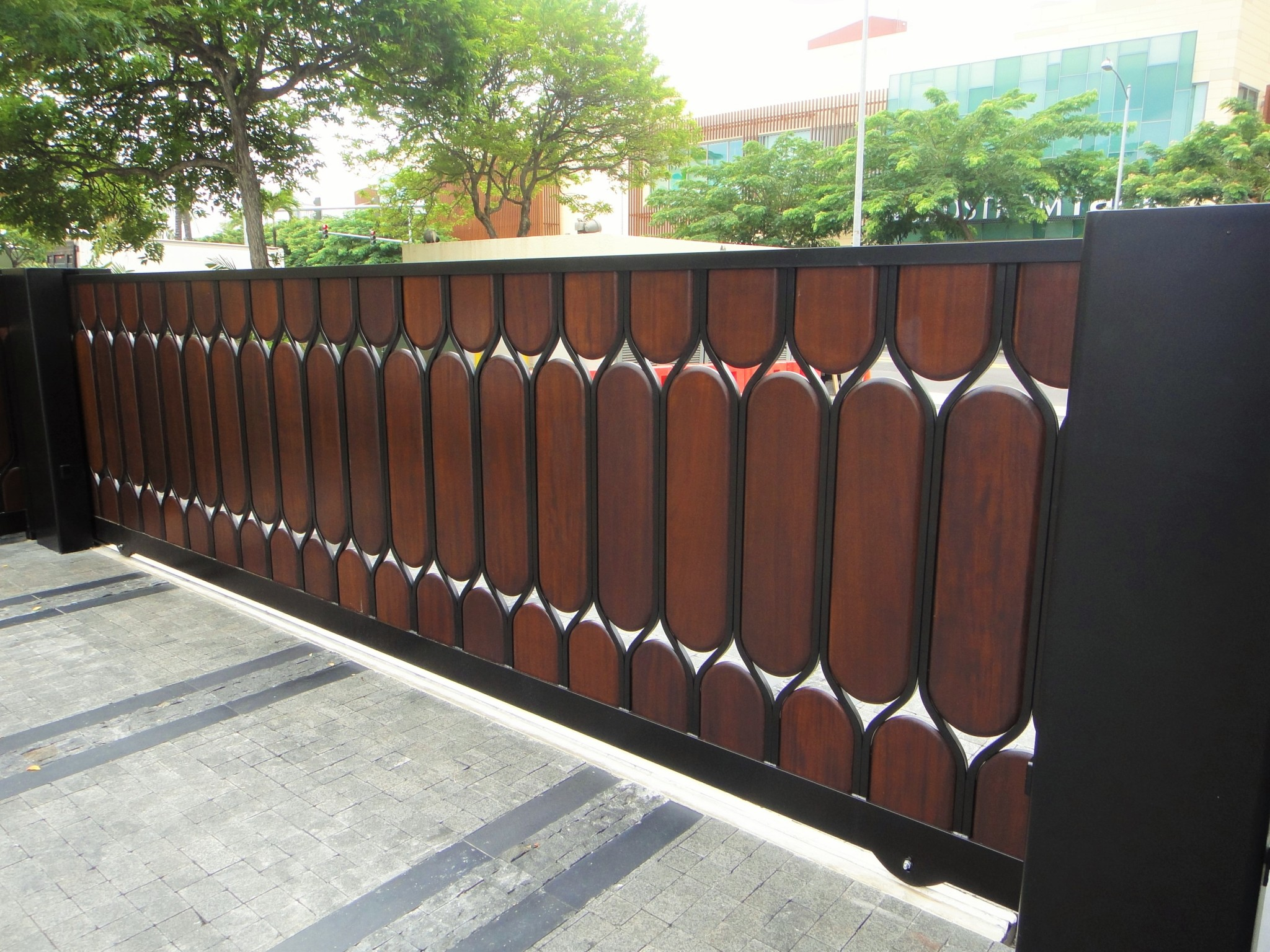 Dual Slide Gate Allied Security Fence
