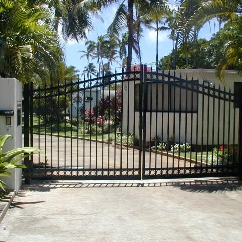 Ornamental Arched Driveway Gate