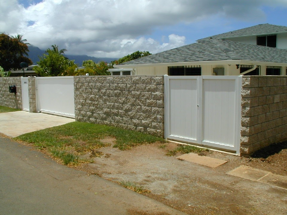 White Vinyl Wall Fence