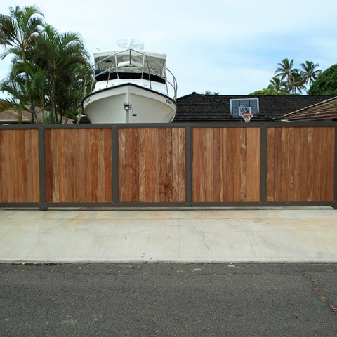 Hawaii Wood Slide Gate